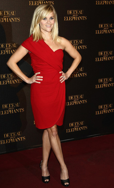 Reese-Witherspoon_new_gallery_b_600_600.jpg
