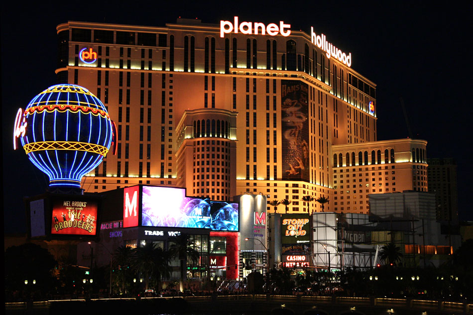 234planet-hollywood-3.jpg